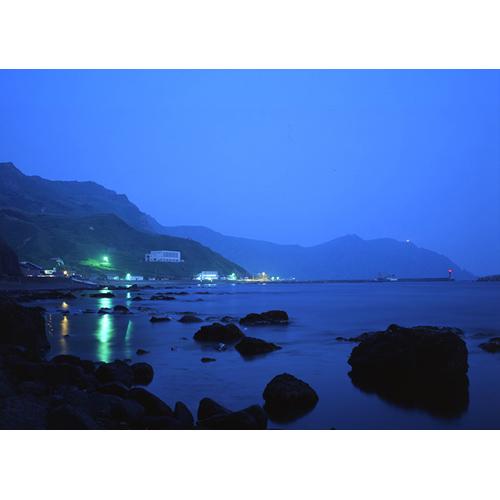 元地海岸の夜景